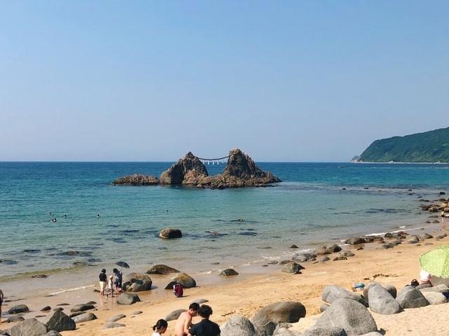 糸島 夫婦岩②.jpg