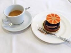 ケーキ&コーヒー.jpg