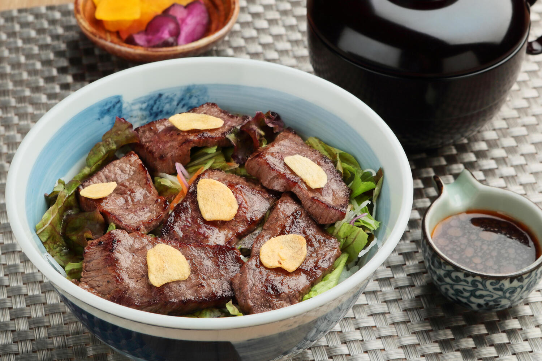 ステーキ丼UP.jpg