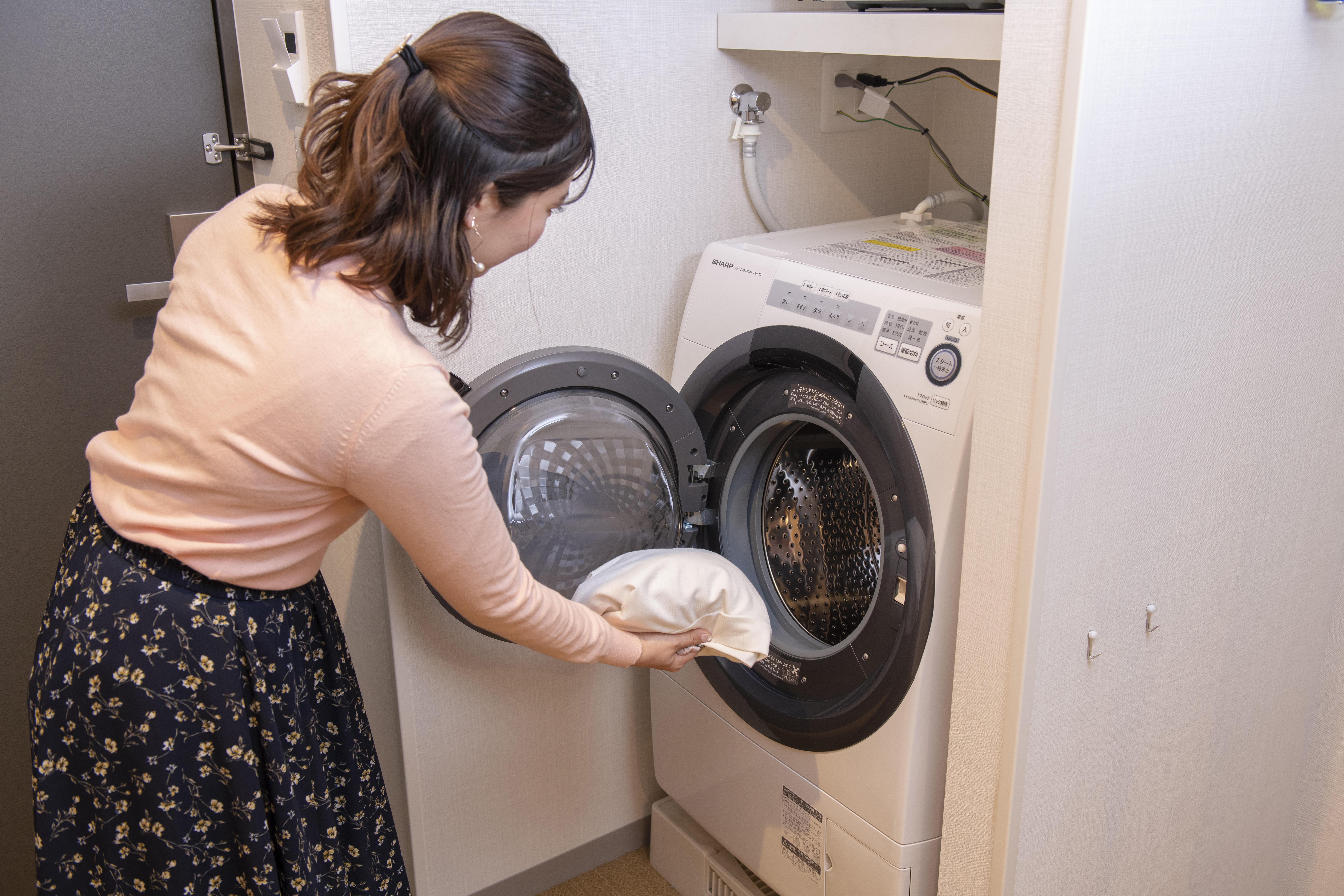 洗濯乾燥機モデル利用(ピンク)7053.jpg