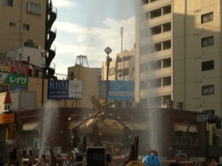 深川八幡祭り2015二の宮神輿渡御江東区2.jpg