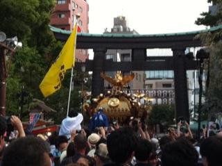 深川八幡祭り2015二の宮神輿渡御江東区9.jpg