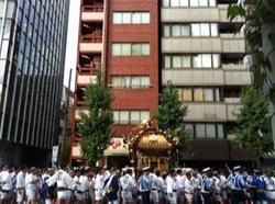 深川八幡祭り2015二ノ宮神輿渡御中央区1.jpg