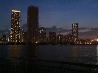 晴海ふ頭ライトアップ2.jpg