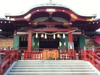 亀戸天神社菊まつり本殿.jpg
