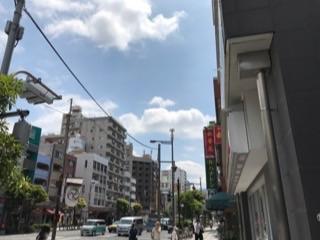 東西線2番出口から当ホテルへ.jpg