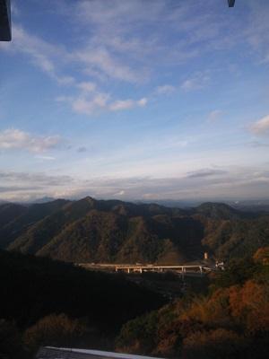 DSC_1462 高尾山(展望台中央道側).jpg