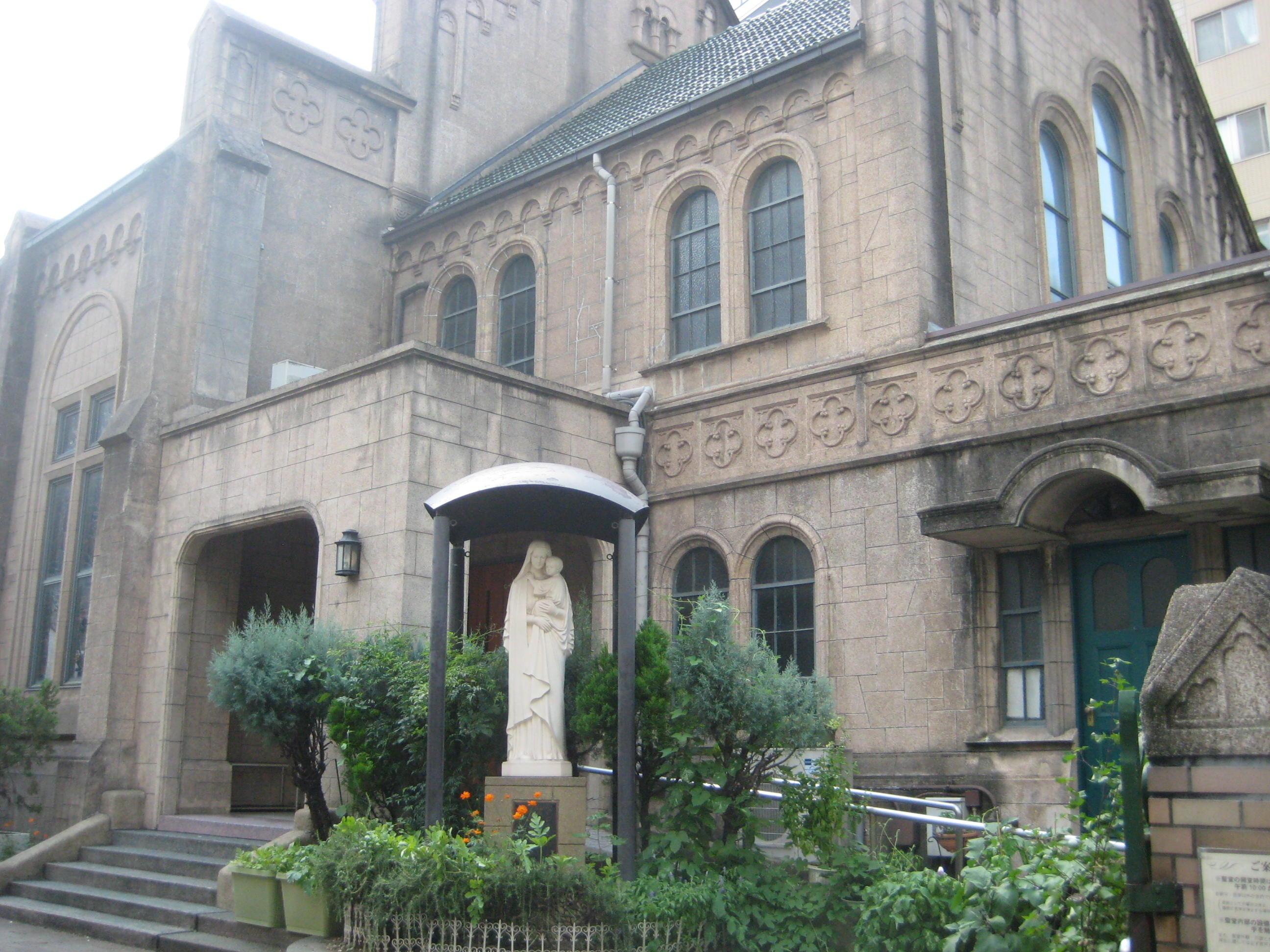 教会 三崎 町